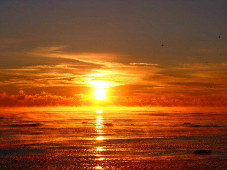 SUNRISEMisty_Freezing_Lake_Michigan_Sunrise_12_06_2007_1__soul-amp